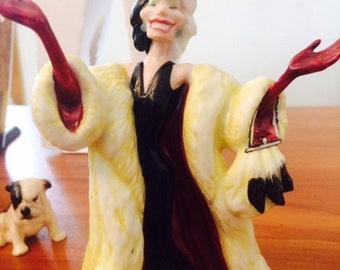 Royal Doulton Disney 101 Dalmatian figure Cruella De Ville
