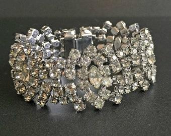 Vintage Clear Rhinestone Bracelet on Silver Tone, Formal Vintage Jewelry, Rhinestone Vintage Jewelry, Jewelry for Bride, Wedding Jewelry