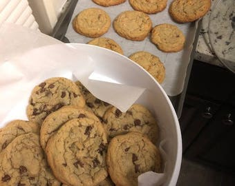 Homemade CHOCOLATE CHIP COOKIES and more flavors - Lots of chips!!!
