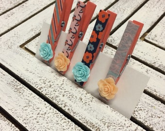 Set of 4 decorated clothespins, clothespin clips, photo display clothespins/clips/pegs, clips for twine, banner clips, magnetic clips