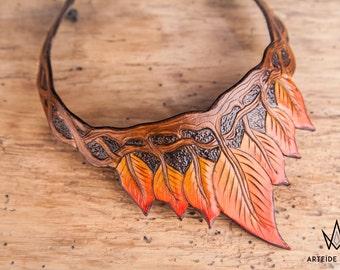 Collier cuir feuilles automne modèle Méliades