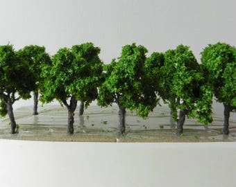 10 x Green Iron Wire Model TREES 8 cm ~ Scenery for H0 / 00 Scale, MODEL TRAIN Accessory, Brand New