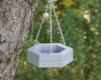 Hanging feeder