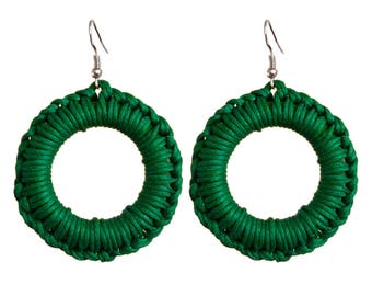 Women earrings green cotton macrame ring
