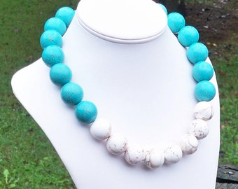 White Turquoise Necklace Turquoise STATEMENT Necklace Chunky Turquoise Necklace Big Bead Necklace Aqua White Color Block Necklace 25mm Beads