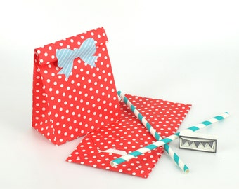 20 Red Polka Dot Standing Bags - Paper favor bags with flat bottoms - Perfect for birthday and wedding party