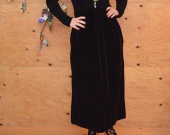 Vintage 90's Black Velvet Smocked Empire Waist Maxi Goth Dress SZ Medium