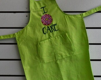 "Apron kids embroidery,cupcake, Machine embroidered ""I love cupcake"" on long apron with pockets for kids.kitchen helper"