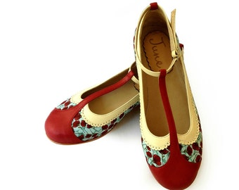 Romantic flat leather and fabric shoes