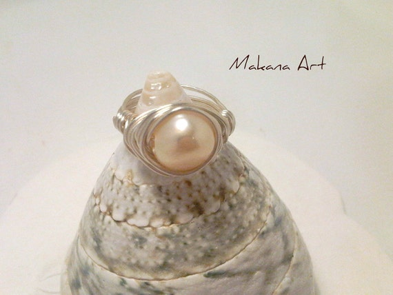 Light Peach Pearl and Sterling Ring  - pearl - engagement - wedding - personalized - jewelry