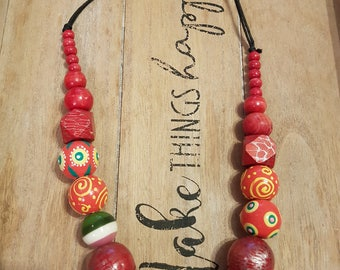 Amazing chunky red beaded necklace statement