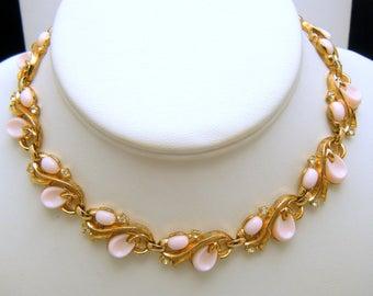 Crown Trifari Vintage Necklace Pebble Beach Pink Lucite Rhinestones Gold Tone