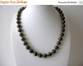 ON SALE Vintage 1960s Black Gold Swirly Wood Beads Necklace 72116