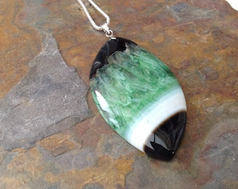 Leaf shaped polished green druzy Agate pendant necklace