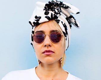 Black and White Floral Turban