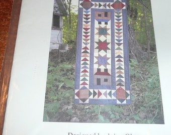 Vintage Welcome Home Table Runner Quilt Pattern