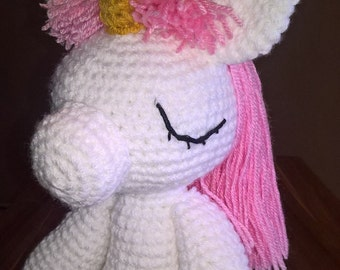 Crochet unicorn with name on belly, unicorn,crocheted toy,