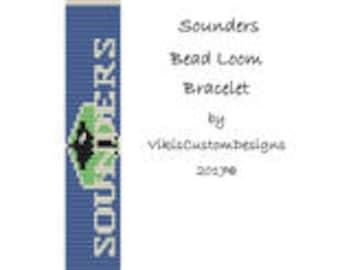 Sounders Bead Loom Bracelet Pattern by VikisCustomDesigns