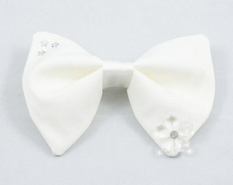 White Stars and Flower Gem Medium Bow