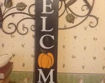 Hand painted distressed wooden welcome sign