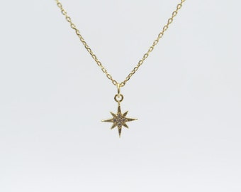Starburst necklace / Delicate necklace / Tiny diamond necklace / Gold chain necklace/ Birthday gift / Fine jewelry necklace /Starburst Charm