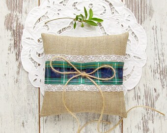 Burlap tartan ring pillow, Scottish wedding bearer pillow, blue and green Campbell tartan ring pillow