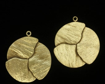 Three Overlapping Gingko Leaves