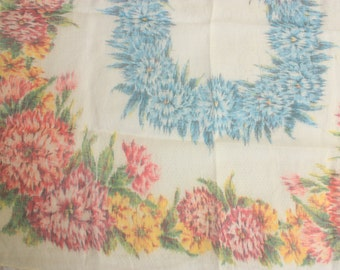 Vintage Handkerchief - Ladies Handerkerchief - Floral hanky