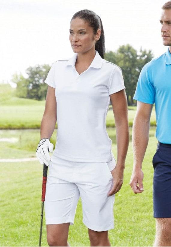 Golf shorts for women De Tee En Tee logo in different colors.