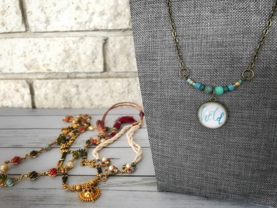 Held - Beaded Pendant Necklace