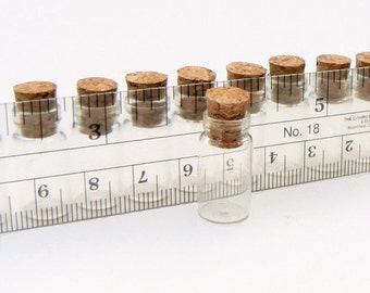 Mini Cork Bottle  (miniature/smally/tiny/empty/clear/glass/wishing/bottles/vials/hanging/pendants/essential oil/fragrance/perfume/caps)