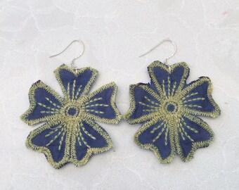 Lace flower earrings, boho earrings, floral earrings, gifts for her