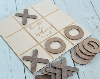 Noughts and Crosses Wedding Game Custom Wedding Game Rustic Wedding Game Table #DownInTheBoondocks