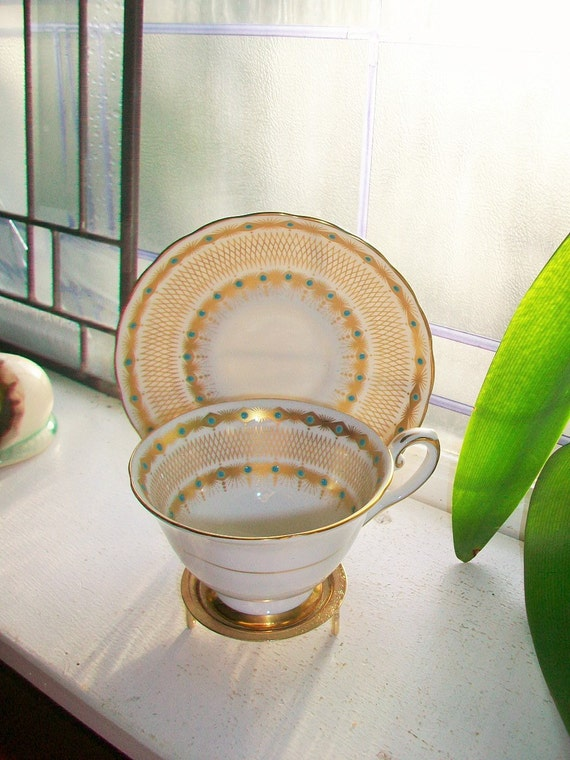 Tuscan Kensington Bone China Tea Cup and Saucer Hand Painted Vintage Raised Blue Dots on Gold Gilt and White