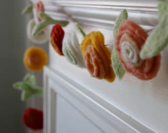 DIY Felted Ranunculus Flower Garland Kit, DIY Felting Kit