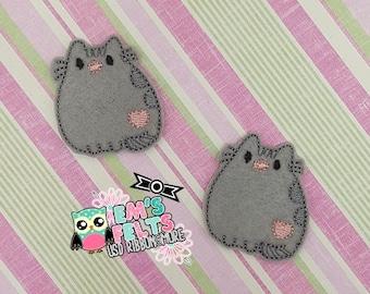 Set of 4 Grey with Heart Kitty Feltie, Felt Appliques, Felt Embelishment, Set of 4