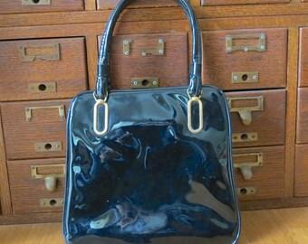black patent leather purse-50s-snap closure-black handbag-Shiny black purse-patent leather-60s mod-Mod