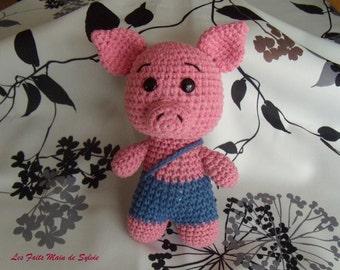 Crochet pink pig