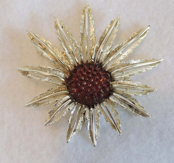 Vintage Sunflower Pin / Brooch... SARAH COVENTRY