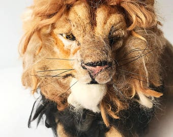 Needle Felted Lion/Lion Art/Lion Lovers/Handmade Lion Art/Leo Gifts/Lion Totem/Top Christmas Gifts/Lion Heart