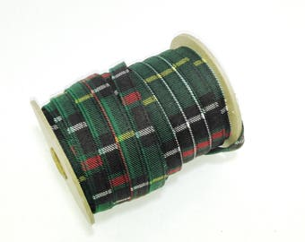 "1/2"" Quarter Fold Stitched Cotton Stripping in Green Tartan Print (5 yards)"