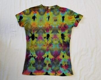 Funky Tie Dye Ladies T-Shirt size Medium W505