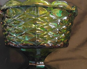 Vintage emerald Forrest green candy dish...