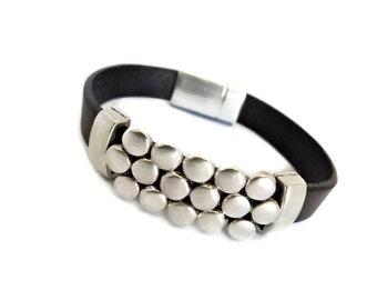 Bracelets for women, leather bracelets for women, leather bracelet, leather jewelry, leather jewelry for women, uno de 50