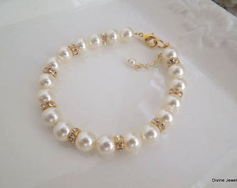 Pearl Bracelet, bridal Bracelet, rhinestone Bracelet, Classic Bracelet, Swarovski Pearls, Wedding bracelet, pearl Bridal Bracelet, KRISTEN