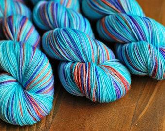 Bermuda Shorts, Hand Dyed Yarn, SW Sock