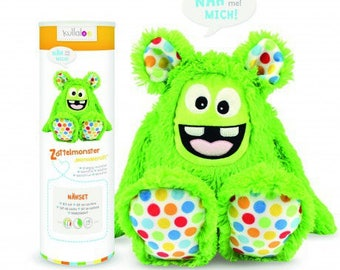 Green ruffled Monster Kullaloo plushie Kit