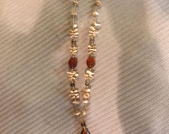 Amber concha necklace