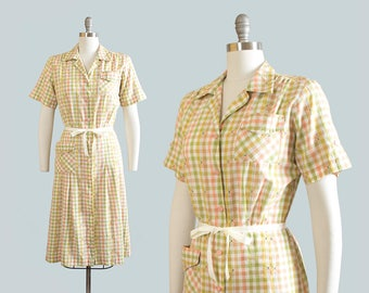 Vintage 1950s Dress | 50s Checkered Cotton Pastel Shirtwaist Day Dress with Pockets (medium)