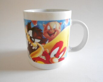 Looney Tunes Mug Vintage 1996 Daffy Tweety Bugs Taz Porky Road Runner Sylvester Yosemite Sam Warner Bros China Ceramic Mug Coffee Cup